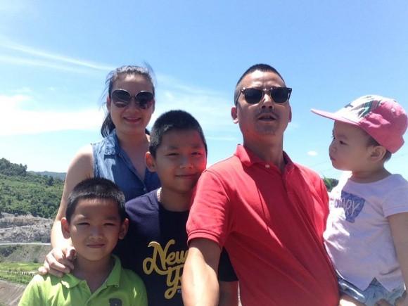 Gia đình nhỏ, hạnh phúc to của diễn viên hài Bình Trọng.