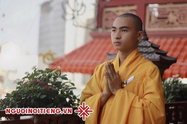 'Cuộc sống giản đơn là cuộc sống hạnh phúc' - Sư thầy Khổng Huy.