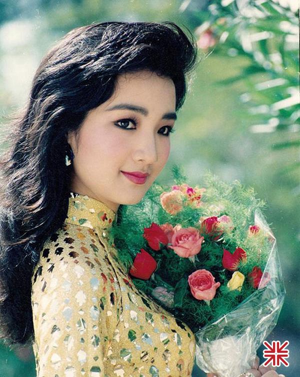 Vẻ đẹp thuần khiết, thoát tục của Hoa hậu Giáng My 'thuở thanh xuân'.