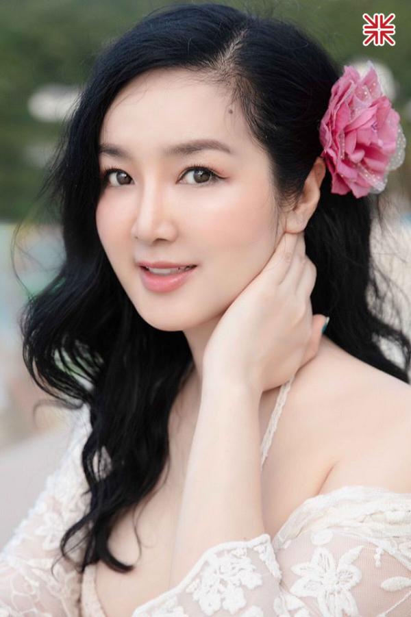Vẻ đẹp thoát tục 'tựa như tiên nữ giáng trần' của Hoa hậu Giáng My.