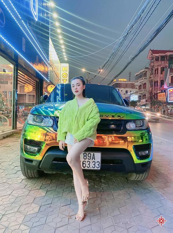 Không thể phủ nhận rằng hot girl Phạm Ngọc Linh có cặp đùi rất đẹp mà bất cứ cô gái nào cũng hằng ao ước.