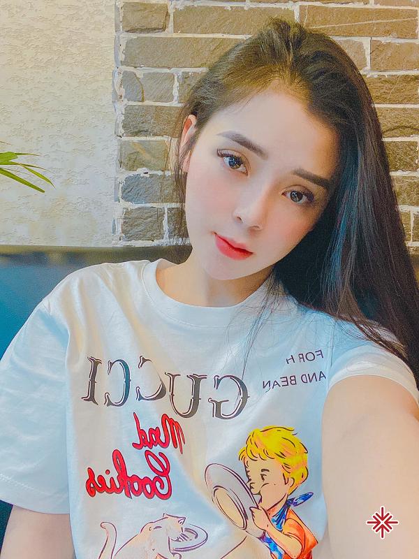 Không hổ danh là 'thiên thần gây thương nhớ!' - Hot girl Phạm Ngọc Linh chưa bao giờ làm người hâm mộ thất vọng, khi cô nàng liên tục đăng tải những hình ảnh đẹp chuẩn vedette.