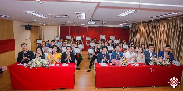 Học viên theo học MC, tại trung tâm Đào tạo MC Sự kiện Văn Minh  đáp ứng tốt nhu cầu thực tiễn của xã hội (sau khi được cấp chứng nhận tốt nghiệp).