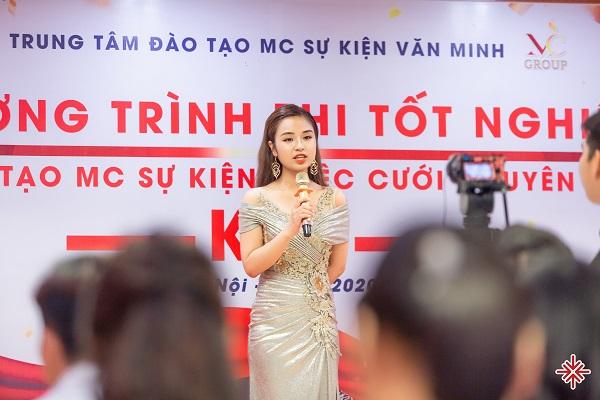 MC Thu Trang là một trong số 'học viên thành danh' của trung tâm Đào tạo MC Sự kiện Văn Minh.