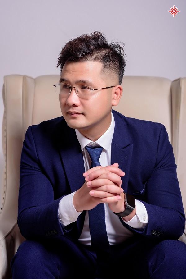 Thầy giáo Dương Hà chia sẻ: 'Những lưu ý khi chọn ngành, chọn trường - yếu tố góp phần vào sự thành bại của bạn trong tương lai'.