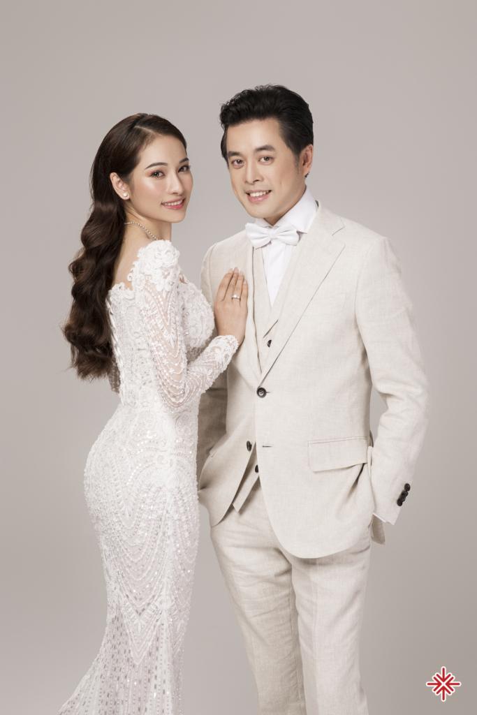 Sara Lưu nhận được vô số lời khen ngợi từ phía fan về cách chọn bộ cánh sẽ khoác trong ngày cưới.