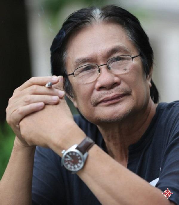 Với năng khiếu âm nhạc cùng niềm đam mê với nhạc khí, Dương Thụ thi vào khoa Sáng tác của Nhạc viện Hà Nội.