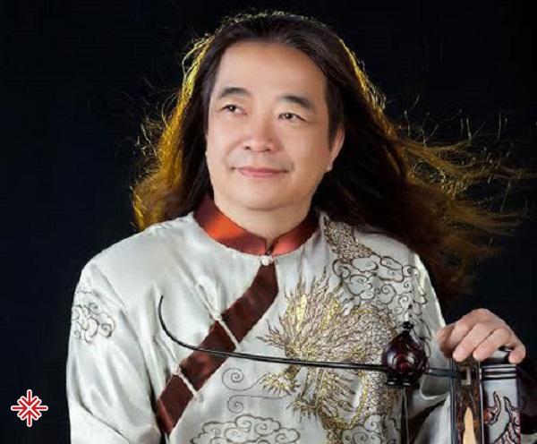 Ngoài tài năng, có lẽ điều giúp nghệ sĩ Phạm Đức Thành tỏa sáng nhất chính là niềm tự hào về những tinh hoa Việt Nam.