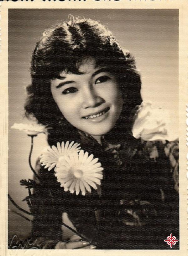 Cuối thập niên 50, Trúc Mai bắt đầu sự nghiệp ca hát của mình. Bà chủ yếu hoạt động ở trường lớp, tham gia văn nghệ học đường.