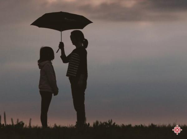 Cha mẹ tôi cũng chỉ là lần đầu làm cha mẹ, họ đã cố hết sức chăm lo theo bản năng của mình.