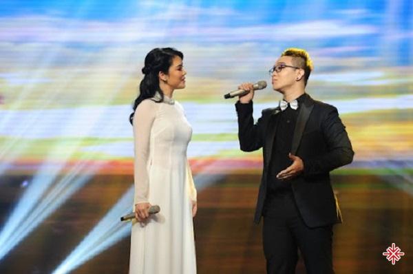 Thu Phương đã đồng hành và dẫn dắt đưa Hoàng Dũng lên ngôi vị Á quân The Voice 2015.