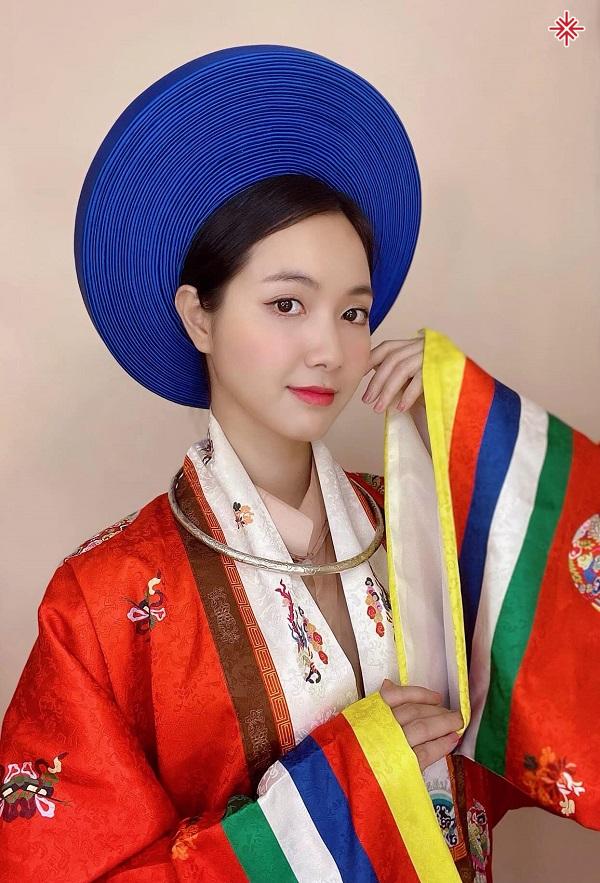 """Với lợi thế vốn có, Jang Mi sớm được vinh danh là: """"Thánh nữ thế hệ Bolero mới""""."""