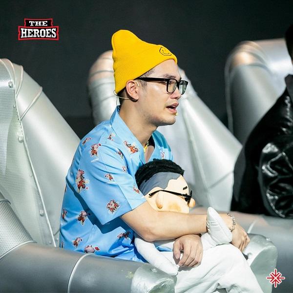 Nhạc sĩ Khắc Hưng không ngần ngại thể hiện cá tính, quan điểm khi anh tham gia The Heroes 2021 cùng ca sĩ Mỹ Anh.