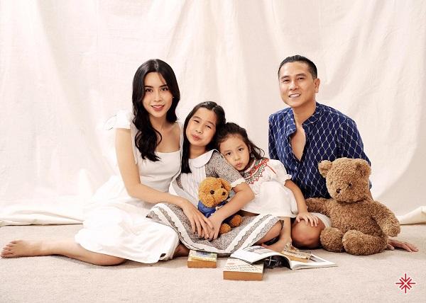 Gia đình viên mãn của Hồ Hoài Anh và Lưu Hương Giang.