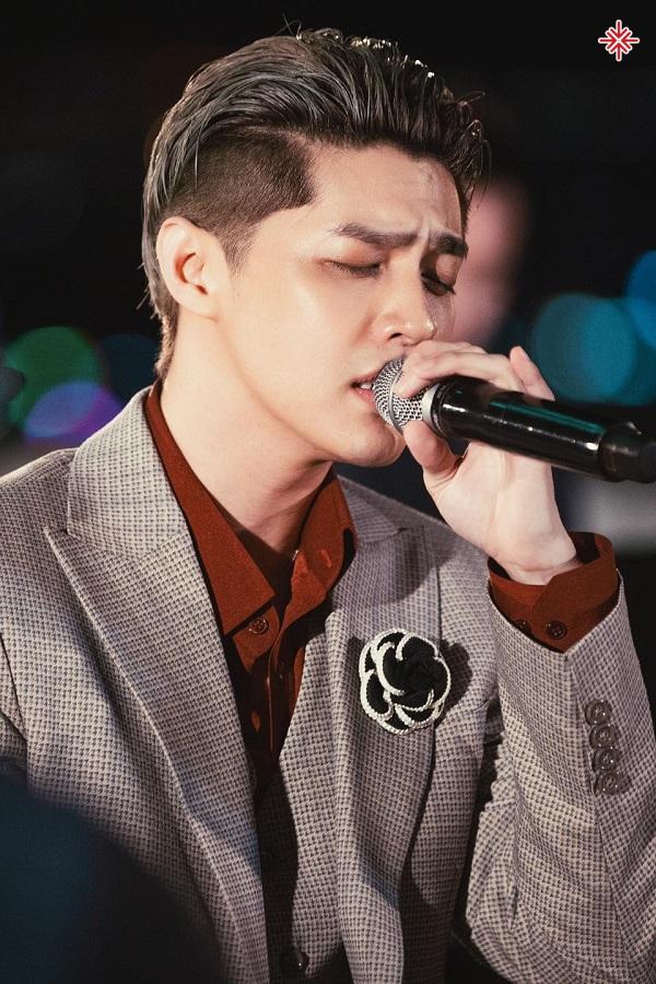 """MV """"Em đã thương người ta hơn anh"""" đánh dấu sự quay trở lại đầy thăng hoa với âm nhạc của Noo Phước Thịnh trong 2020."""