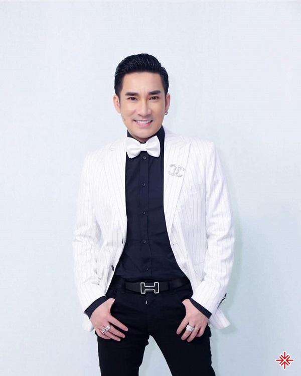 Với giọng hát trầm ấm và vẻ ngoài thu hút, Quang Hà sở hữu lượng người hâm mộ vô cùng đông đảo.