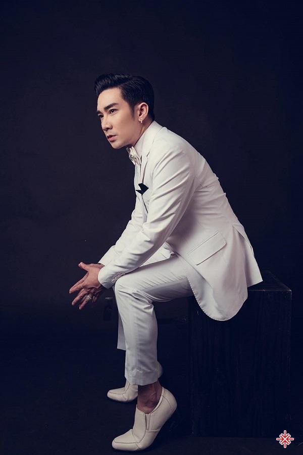 Có thể nói Quang Hà rất có duyên với âm nhạc bởi trong gia đình anh, bố và chị gái anh đều theo đuổi nghệ thuật.