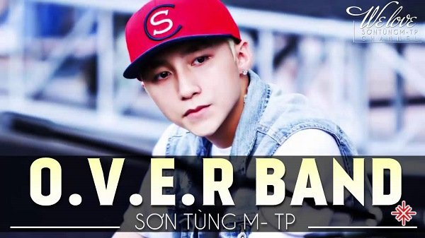 Năm 2009, Sơn Tùng M- TP trở thành thành viên của nhóm nhạc Over Band. Trong nhóm, anh đảm nhiệm vai trò ca sĩ đồng thời là người sáng tác bài hát cho nhóm.