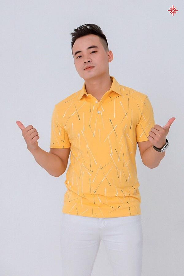 Ca sĩ Đinh Phú Đức 'tỏ lòng biết ơn mẹ cha' thông qua MV 'Đi đâu để thấy hoa bay'.