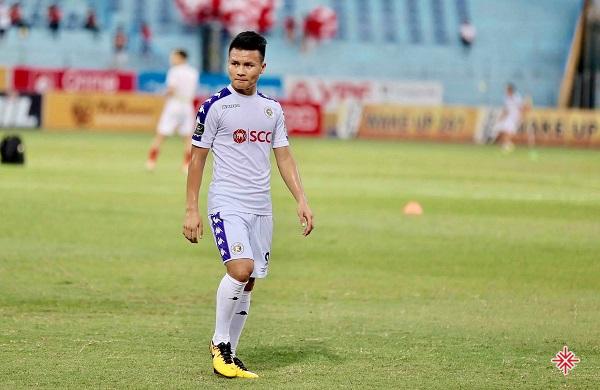 Quang Hải trở thành thủ quân của U19 Hà Nội T&T và giành liên tiếp hai danh hiệu cá nhân Cầu thủ trẻ xuất sắc nhất giải tại U17 Quốc gia và U19 Quốc gia.