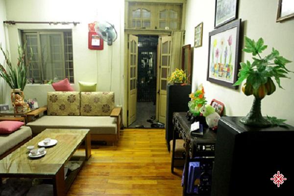 Căn nhà đơn sơ của hoa hậu Đỗ Mỹ Linh trên phố Hàng Đào.