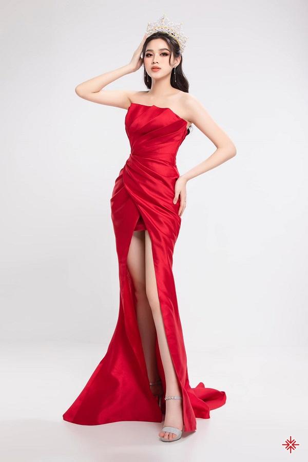 Hoa hậu Đỗ Thị Hà cho biết đã sẵn sàng đối mặt với những trách nhiệm mới dưới ý nghĩa sức nặng của chiếc vương miện.