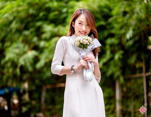 Trần Khánh Vy - nữ sinh trường THPT chuyên Anh Phan Bội Châu (Nghệ An).