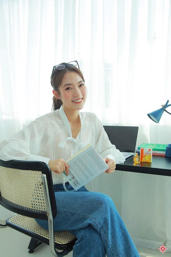 Khánh Vy quyết định tham dự kỳ thi THPT Quốc gia, để 'chứng minh thực lực' cũng như 'có thêm nhiều lựa chọn'.