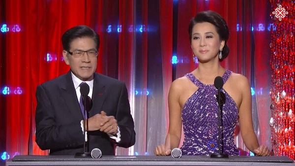 Cặp đôi MC ăn ý mang lại niềm vui và tiếng cười cho khán giả: Ngọc Ngạn – Kỳ Duyên.