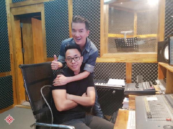 Ca sĩ Đàm Vĩnh Hưng chính là 'ân nhân' đối với sự nghiệp của nhạc sĩ Nguyễn Hồng Thuận.