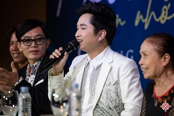 """Bằng Cường trong buổi họp báo MV ca nhạc, phim ngắn """"Mẹ Ơi, Con Nhớ Mẹ""""."""