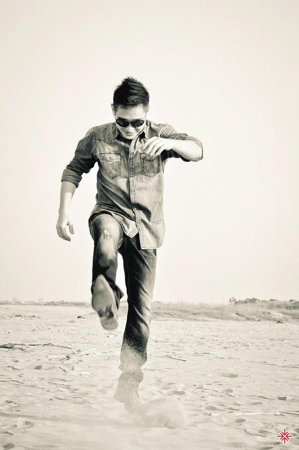 Ca sĩ Hoàng Hải quay về Hà Nội sau khoảng thời gian nam tiến để tiếp tục sự nghiệp ca hát với vai trò là ca sĩ solo.