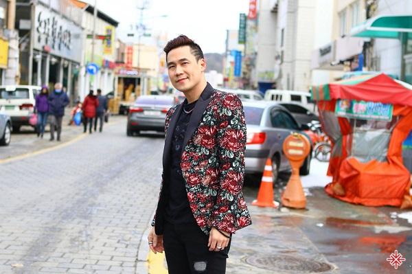 """""""Chiếc khăn gió ấm"""" đã mang lại rất nhiều thành công cho Khánh Phương."""