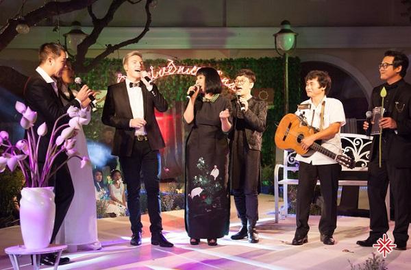 Nơi về nương náu – Đêm nhạc Trịnh gây quỹ từ thiện đầu tiên do Kyo York khởi xướng.