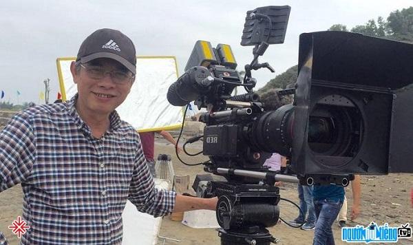 Không một đạo diễn nào dám làm DVD Hài tết cả nhưng Phạm Đông Hồng vẫn dũng cảm theo đuổi bởi cái tâm của người làm nghề.