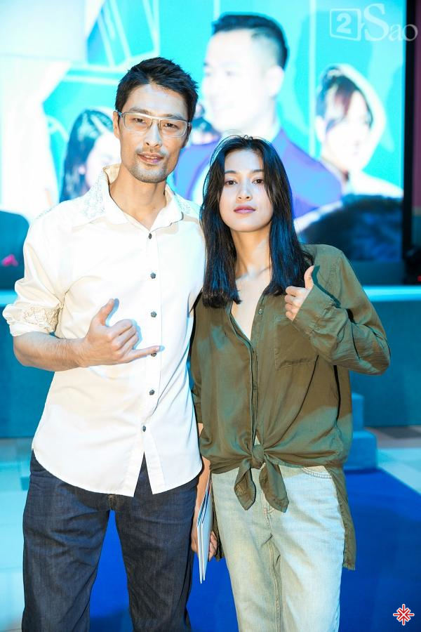 Tình yêu 7 năm yên bình và không ồn ào của cặp đôi Johnny Trí Nguyễn và Nhung Kate khiến người hâm mộ vô cùng ngưỡng mộ và thán phục.