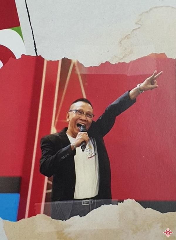 Lại Văn Sâm là gương mặt MC kỳ cựu đối với khán giả xem truyền hình.