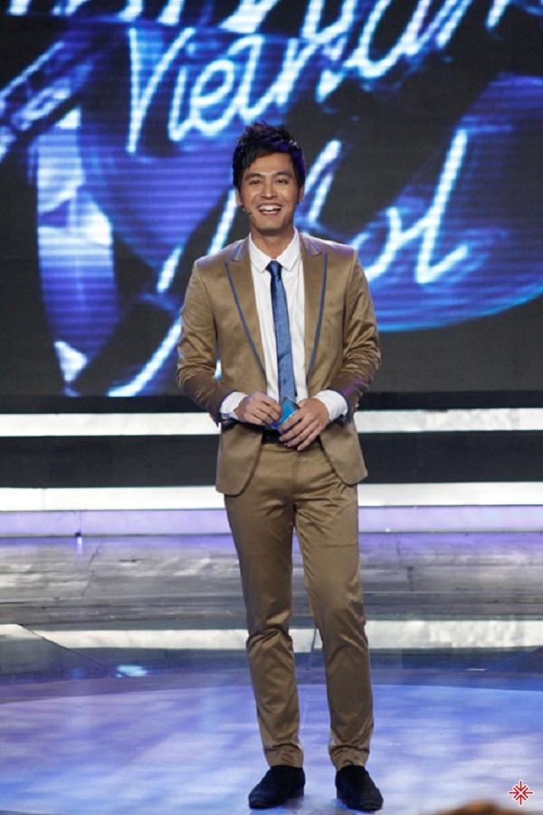 Phan Anh làm MC chương trình Thần tượng âm nhạc: Vietnam Idol 2010.