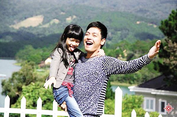 """Phan Anh và con gái lớn trong chương trình """"Bố ơi mình đi đâu thế?"""""""