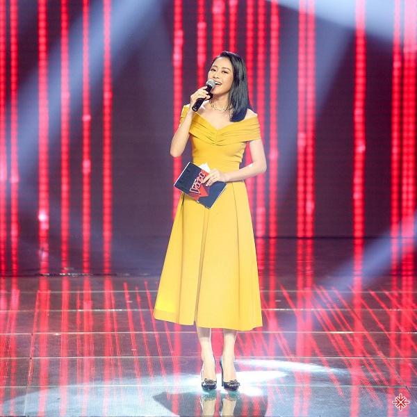 """Theo lời nữ MC """"The Voice 2019"""" thì cô đã """"bật đèn xanh"""" để tạo cơ hội cho cả hai."""