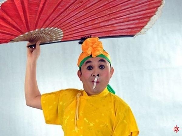 Vai Cu Sứt của Xuân Hinh trong Festival Cười.