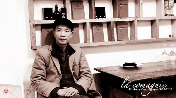 """Nếu được một vị thầy """"chấm"""" cho lá số tử vi, hẳn sẽ thấy Nguyễn Vĩnh Tiến rất được ông trời """"ưu ái"""" trên con đường nghệ thuật."""