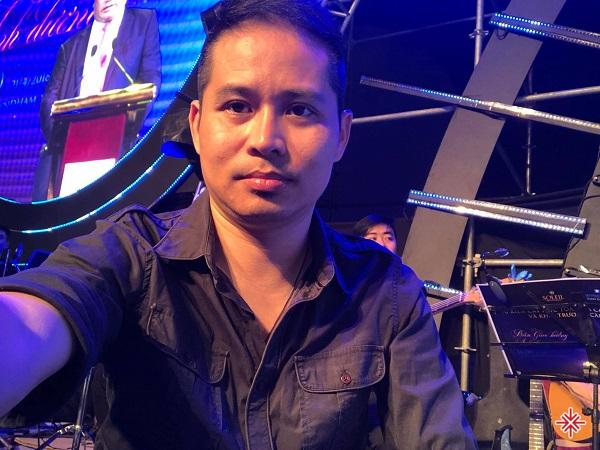 Sơn Thạch đoạt giải nhất cuộc thi về organ của thiếu nhi ở 13 tỉnh phía Bắc và được tuyển thẳng vào Nhạc viện Hà Nội.